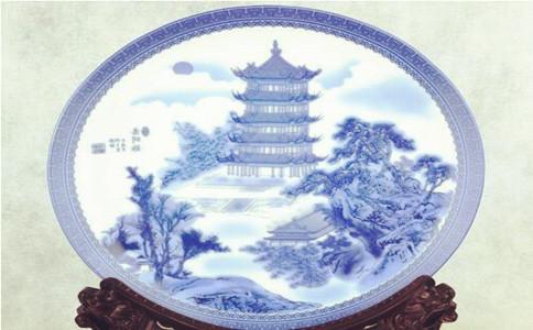 浮雕瓷盘画报价,个性化瓷盘画定制多少钱