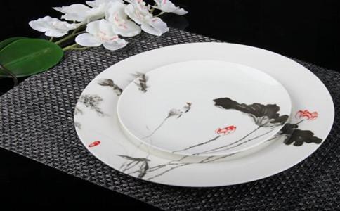 个性瓷盘画定做多少钱一件,个性瓷盘画价格多少