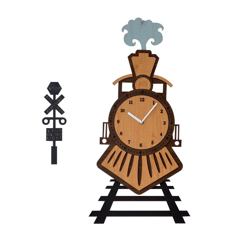 火车头数字创意挂钟客厅个性静音木质艺术时钟卧室壁挂表
